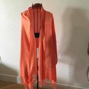 Gorgeous orange wrap! Great for a chilly eve!